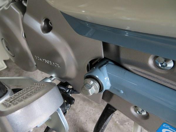 スーパーカブC125 カスタム サスペンション スイングアーム ピボット 8